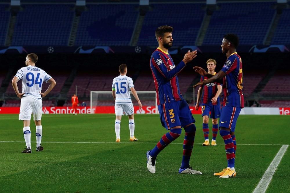 «Барселона» признана лучшим испанским клубом XXI века   19-27